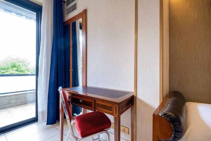 Quality Hotel Rouge Et Noir, Roma - logitravel